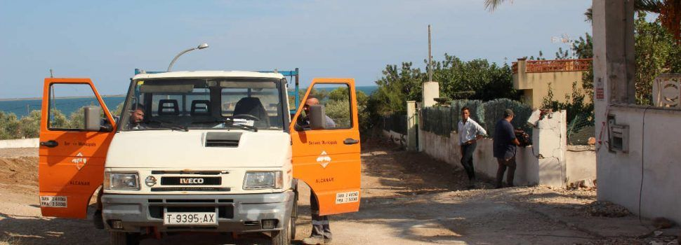 Els TEDAX acaben la feina al xalet dels terroristes d'Alcanar