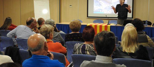 Els jaciments arqueològics d'Alcanar, a debat a Vinaròs