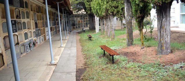 Morella millora els cementeris  per Tots Sants