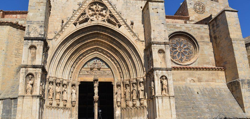 Liciten la restauració de la porta dels Apòstols de la Arxiprestal de Morella
