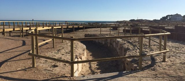 Nova zona de vianants al costat de la platja del Carregador d'Alcossebre