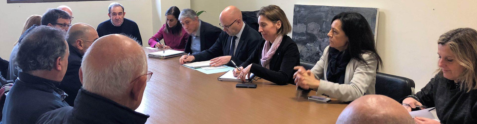 La directora general d'Indústria, Àngels Chacón, visita la Sénia