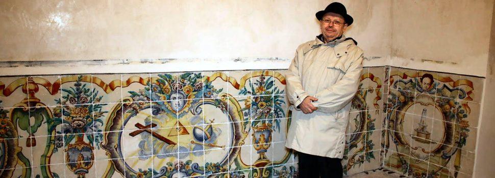 Recuperat el panell ceràmic de la Casa del Marqués de Benicarló
