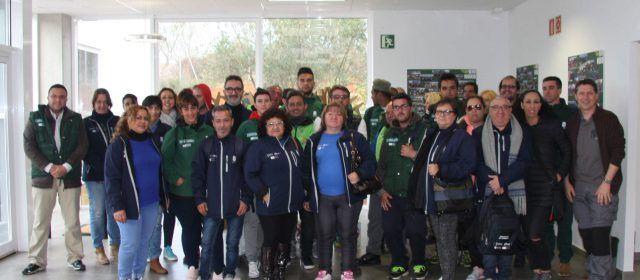 Els tallers d'ocupació de l'Ajuntament de Benicarló visiten la planta de Cervera