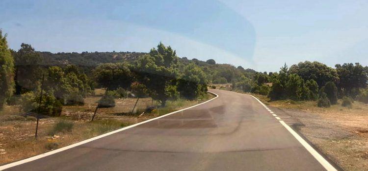 Moliner inaugura la millora de la carretera de Vallibona