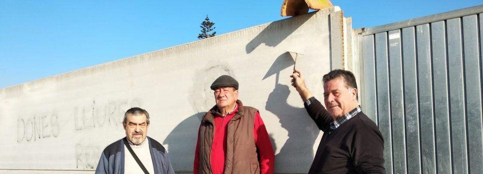 """Migjorn posa la """"primera teula"""" del CEIP Jaume I de Vinaròs"""