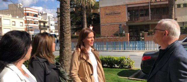 """Gascó (PP) dice en Benicarló que """"Puig y Oltra se van sin haber construido ni un solo colegio en la provincia de Castellón"""""""