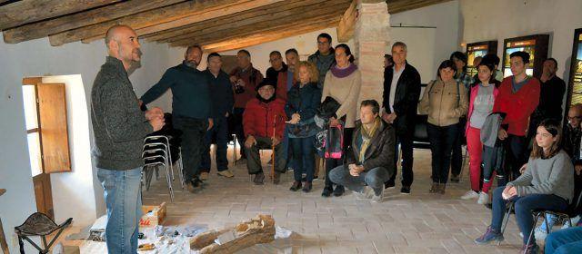 Presenten el nou llibre El arte rupestre en Morella la Vella