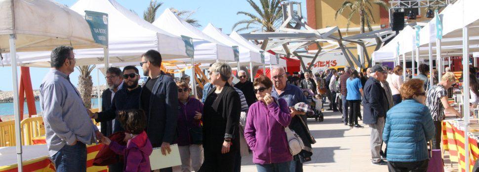 Vinaròs celebró la 18 edición de la Feria del Libro con 53 paradas