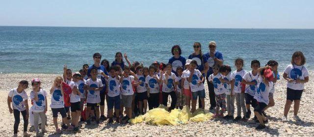 Escolars d'Alcalà realitzen una recollida de residus al Parc Natural de la Serra d'Irta