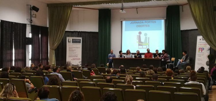 L'IES Joan Coromines de Benicarló celebrà la Jornada de Portes Obertes