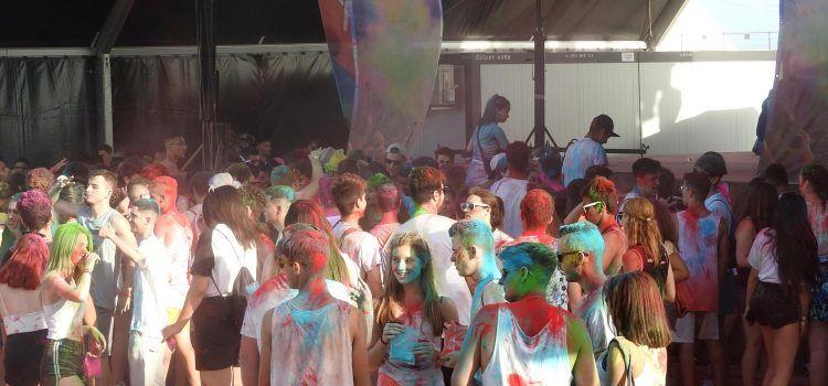 Fotos del Holi Beach Festival