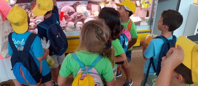 L'Escola d'Estiu de Peníscola arriba a l'equador amb multitud d'activitats, excursions i tallers