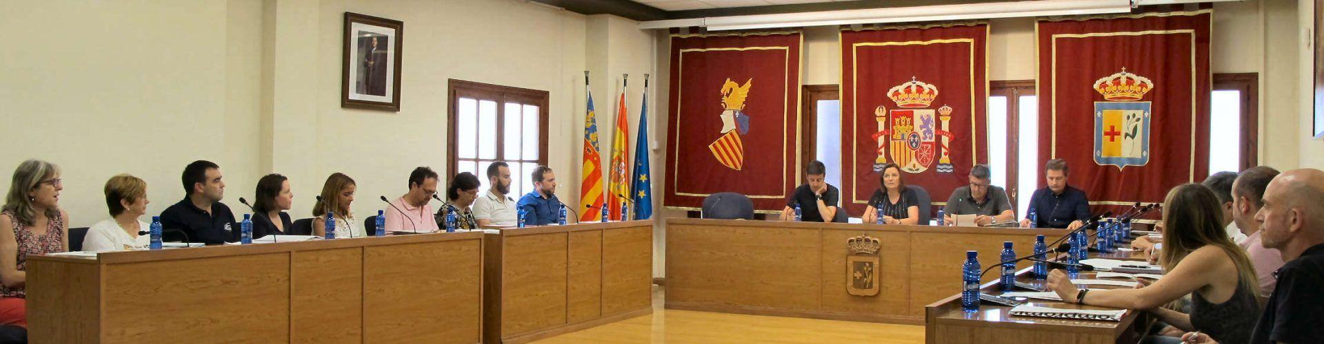 El Ple de Benicarló aprova les delegacions, retribucions i dedicacions exclusives i parcials