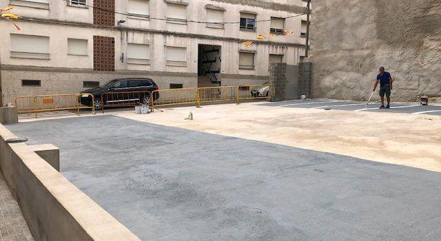 Alcalà-Alcossebre habilita un aparcament gratuït al costat de la plaça de l'Església