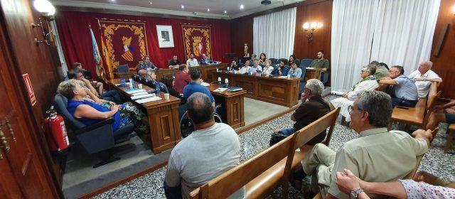 Apoyo unánime en Vinaròs para que el Ayuntamiento se persone en el juicio contra el exedil de Compromís