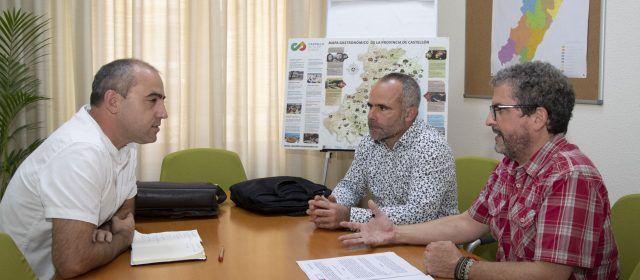 La Diputació i la Unió estudiaran la possible implantació a Castelló dels nous models de gestió de purins