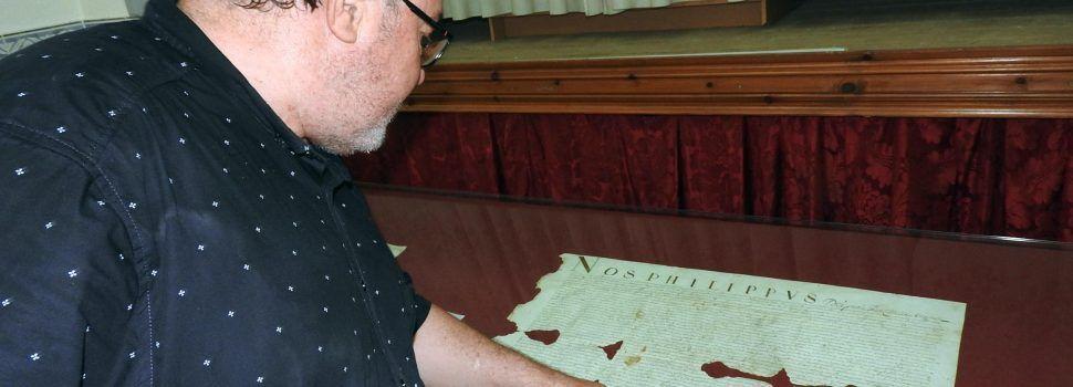 """Càlig """"reconstruye"""" su pasado con el hallazgo de documentación, incluyendo un pergamino de Felipe III dirigido a Vinaròs"""