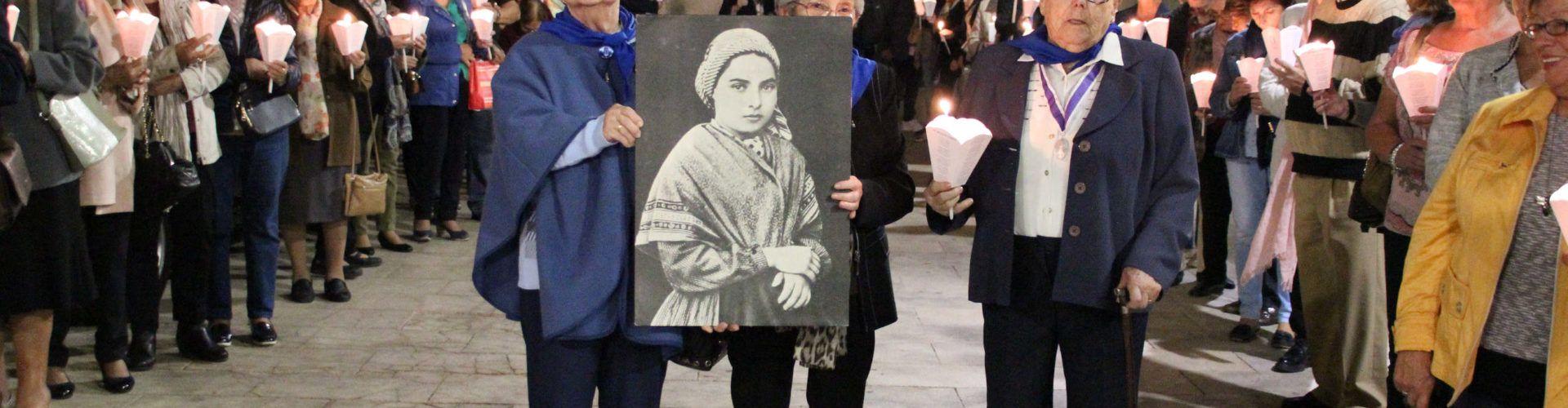 Vinaròs recibió solemnemente a la reliquia de Santa Bernardette Souvirous