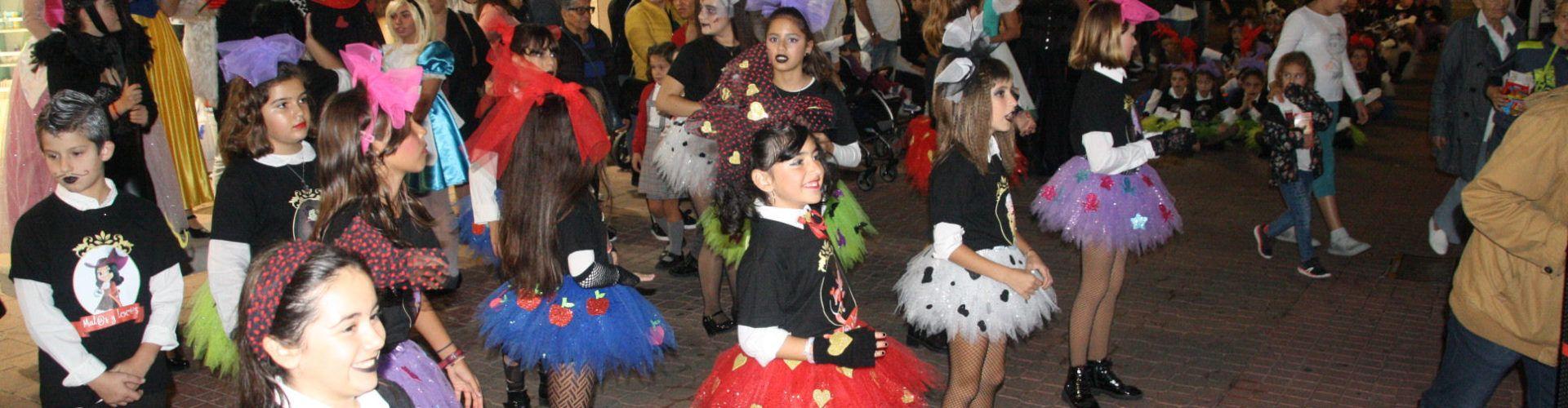 Castanyada al Mercat de Vinaròs i Halloween amb Locura