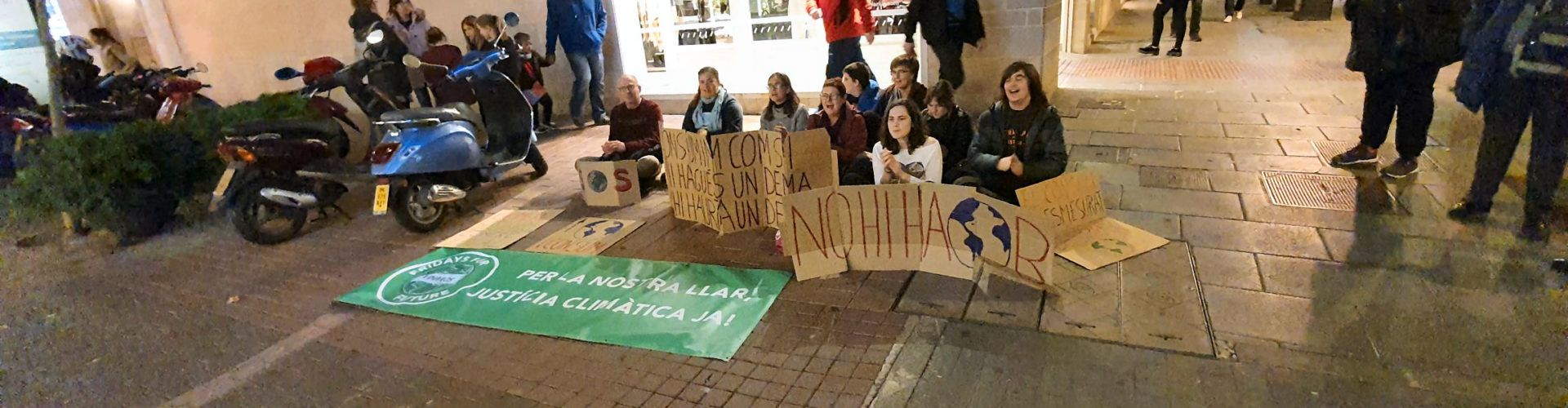 Fridays For Future Vinaròs contra el Black Friday
