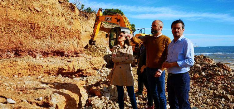 Comencen les obres de recuperació d'una part de la costa d'Alcanar Platja