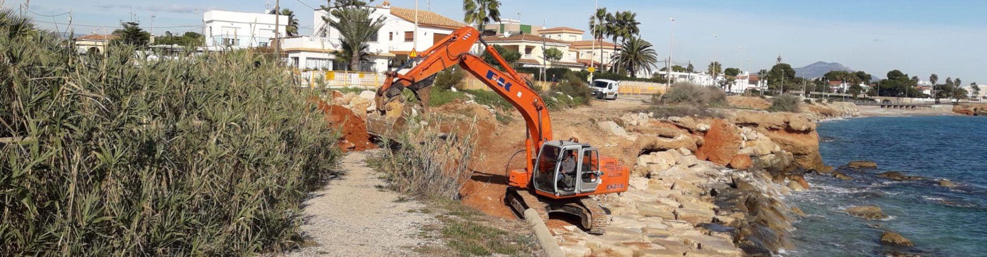 Costes continua amb les feines de preservació del litoral a Vinaròs