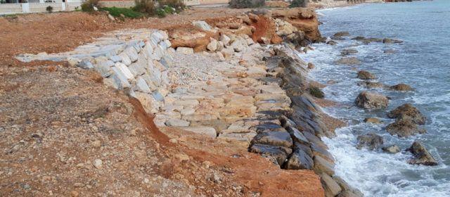 Finalitzen les feines de consolidació del litoral a la Costa Sud de Vinaròs