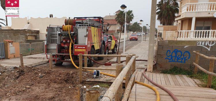 Vídeo y fotos de los bomberos en los servicios de este miércoles en las nevadas y la costa