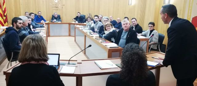 El ple del Consell Comarcal del Baix Ebre reclama la millora del servei ferroviari