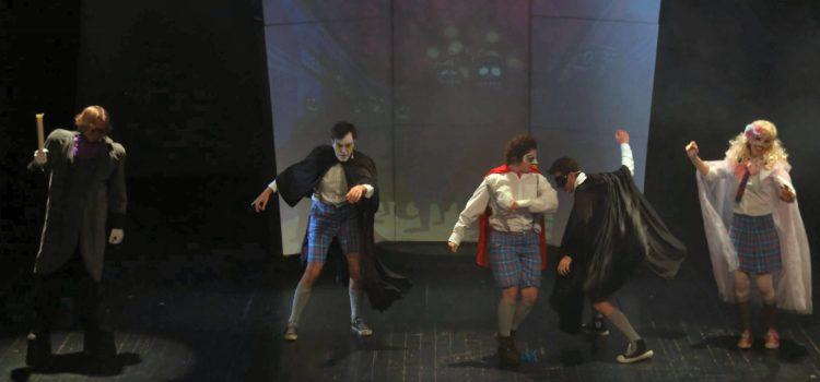 Extraordinari muntatge teatral de Teatre Calánime a Ulldecona