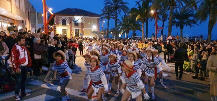 Galeria de fotos del començament del Carnaval de Vinaròs