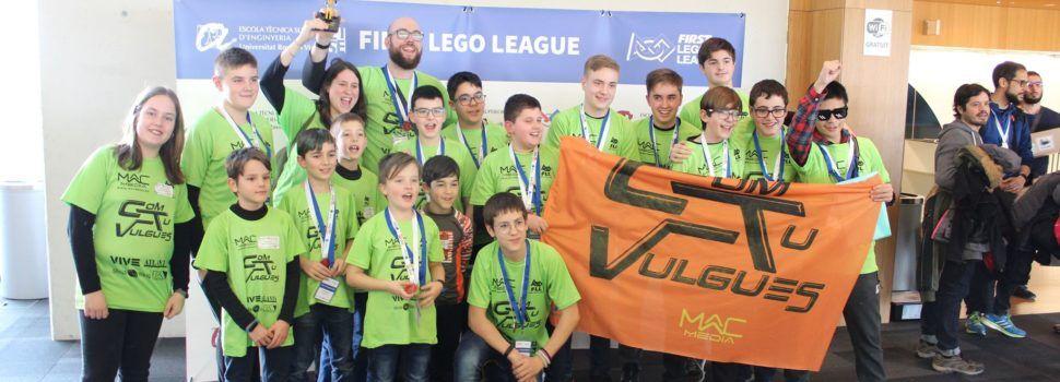 Xiquets de la Sénia i Vinaròs guanyen una competició de robots educatius