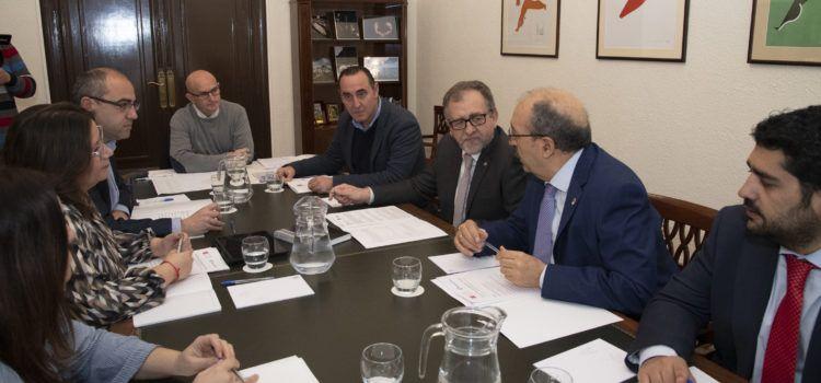 Castelló i Terol reforcen la seua col·laboració per a millorar els serveis en emergències, carreteres i atenció als ciutadans de totes dues províncies
