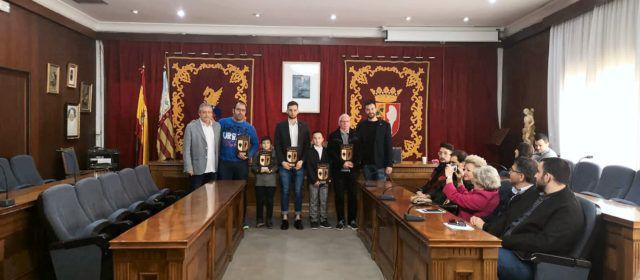 Galeria de fotos de la distinció a destacats esportistes de Vinaròs