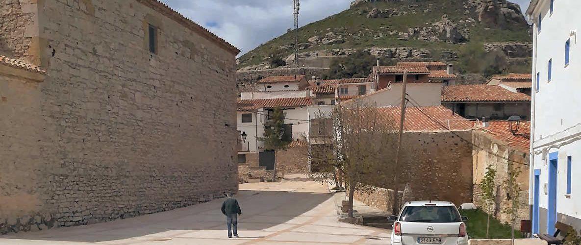 Así vive la era del coronavirus el pueblo menos poblado de Castellón: Castell de Cabres