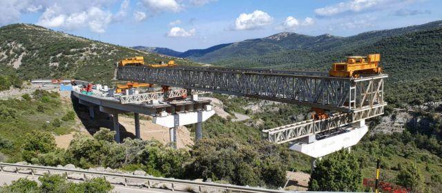 El pròxim mes es començarà a Querol (N-232) un viaducte de 280 metres i un  túnel de 40 metres