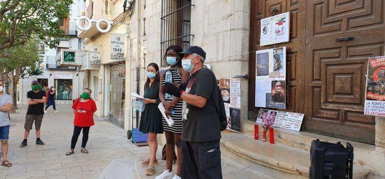 Manifest llegit en l'acte contra el racisme celebrat a Vinaròs