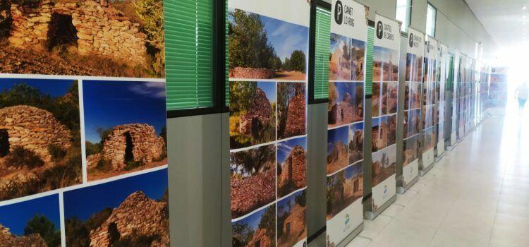 """Fotos: """"Pedra Seca, territori Sénia"""", exposició a Càlig"""
