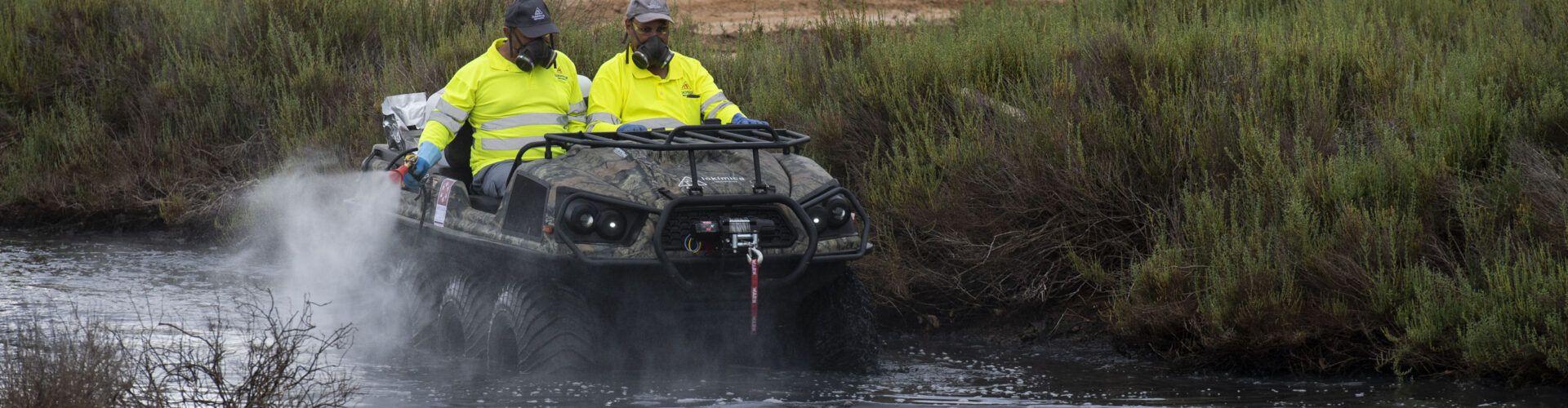 La Diputació incorpora un vehicle amfibi i un camió amb braç gegant per al Pla Contra els Mosquits