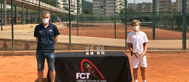 El tennista Roger Pascual, de Vinaròs, campió de Catalunya Infantil, individual i dobles