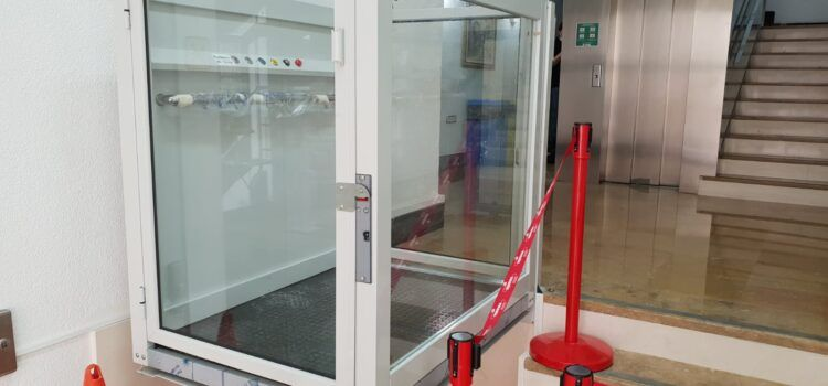 L'Ajuntament de Vinaròs millora l'accessibilitat a la casa consistorial