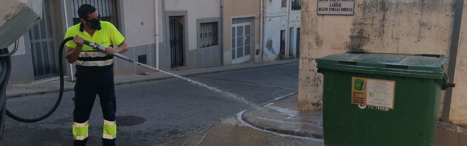 Sant Jordi manté les desinfeccions en tot el municipi davant l´augment d´activitat turística