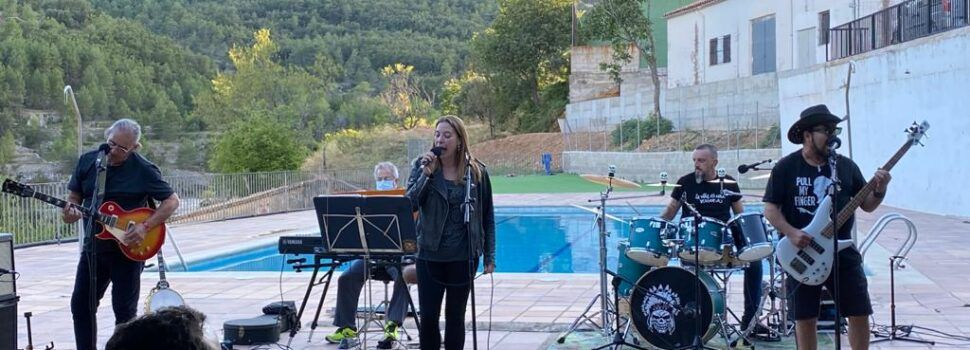 """Vídeos i fotos: Debut del nou grup de Vinaròs """"Furinyos"""" a Vallibona"""