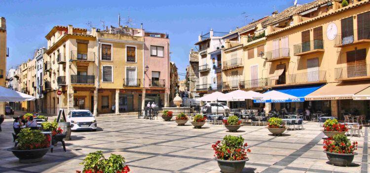 Ben Vist: Plaça Major de Sant Mateu