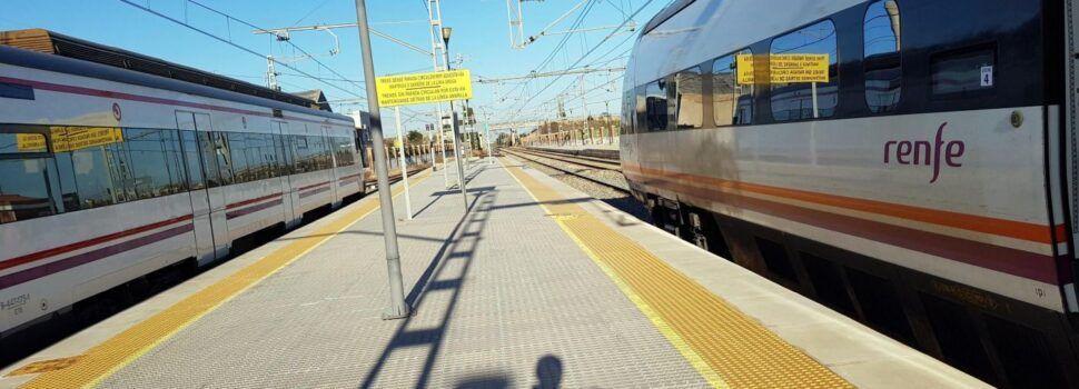La merma de usuarios del tren en el Maestrat alcanza un 80%