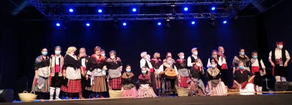 Fotos: Les Camaraes de Vinaròs tornen a l'escenari
