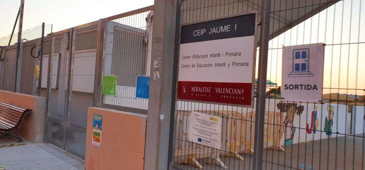 L'Ajuntament de Vinaròs reforça el servei de neteja dels centres educatius