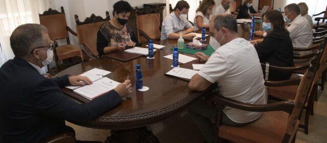 La Diputació celebrarà cimeres d'alcaldes i alcaldesses a Catí, Sant Mateu i quatre poblacions més de la província
