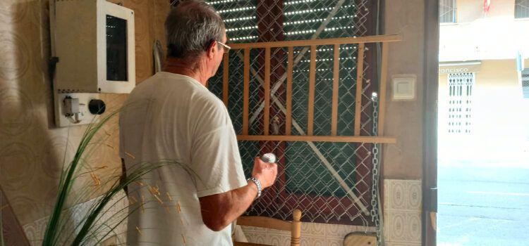 """La ausencia de los """"okupas"""" es aprovechada para recuperar la vivienda de Vinaròs"""
